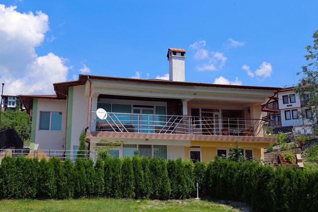 Къща Вила Ирина - снимка 1