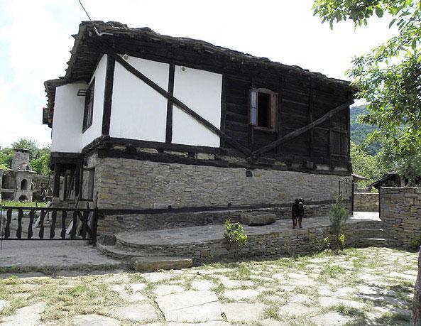 Огняновата Къща - снимка 4
