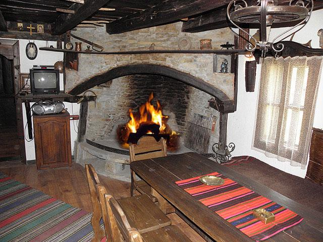 Огняновата Къща - снимка 9