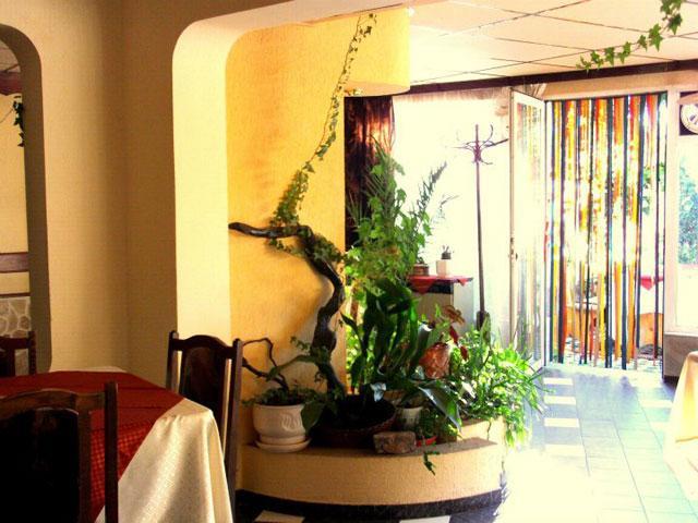 Къща за гости Зодиак - снимка 6