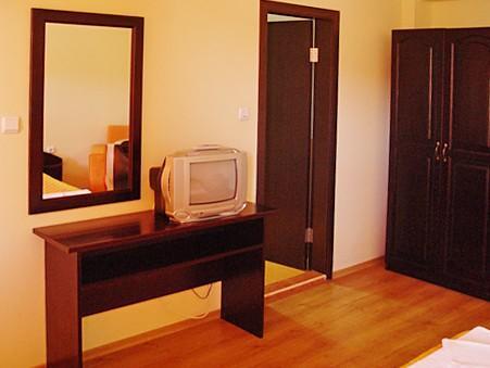 Хотел Костел Палас - снимка 8