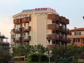 Хотел Корал
