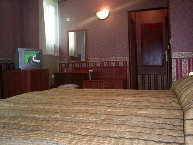 Хотел Чиплаков - снимка 13