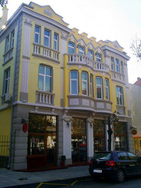 Хотел Чиплаков - снимка 1