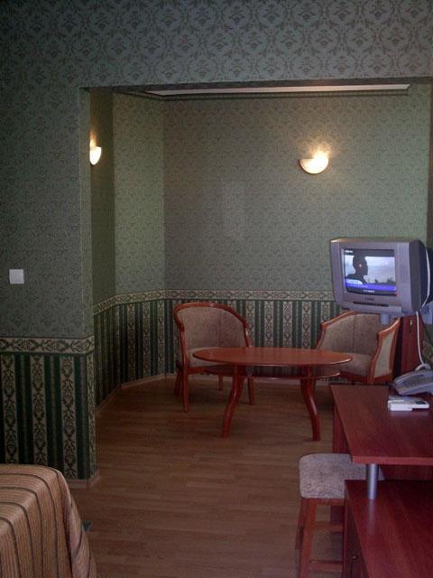Хотел Чиплаков - снимка 4