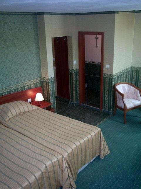 Хотел Чиплаков - снимка 6