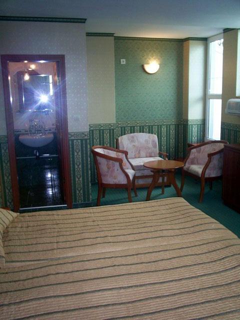 Хотел Чиплаков - снимка 9