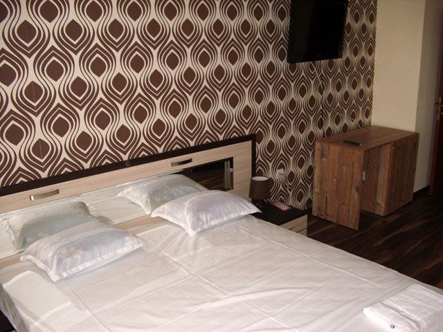 Семеен хотел Малибу - снимка 18