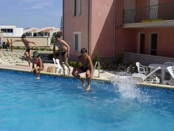 Семеен хотел Ралица - снимка 2