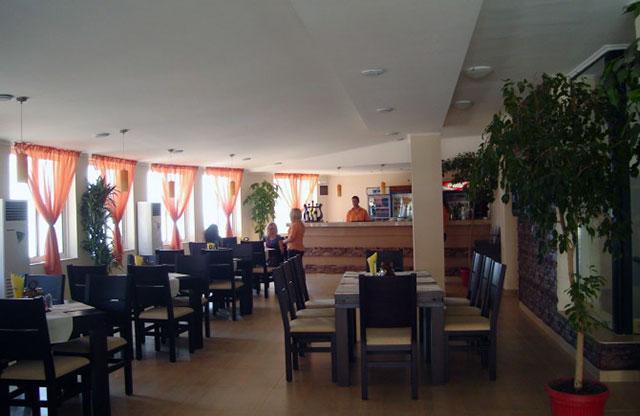 Хотел Амон Ра - снимка 13