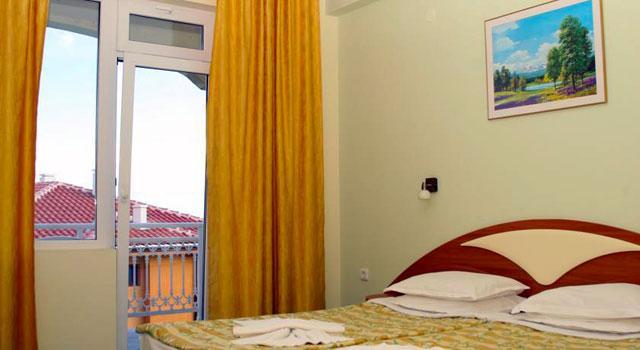 Хотел Панорама - снимка 19