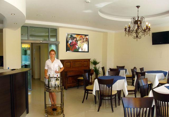 Хотел Св. Димитър - снимка 9