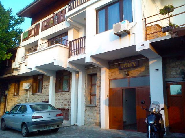Семеен хотел Тони - снимка 2