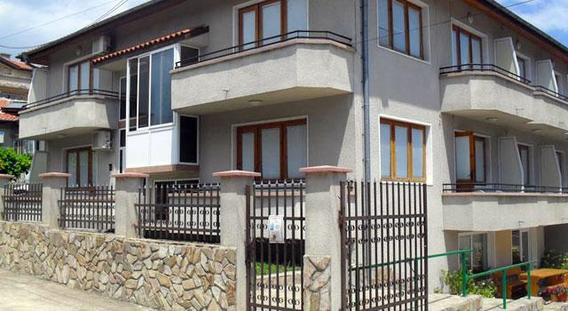 Къща за гости Панайотови - снимка 1