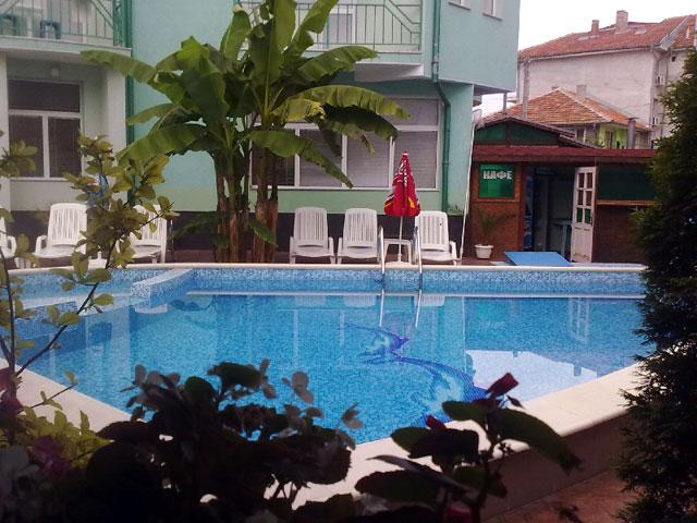 Къща за гости Делфин - снимка 8