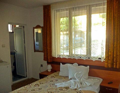 Къща за гости Лилия - снимка 1