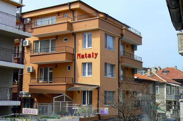 Семеен Хотел Натали - снимка 1