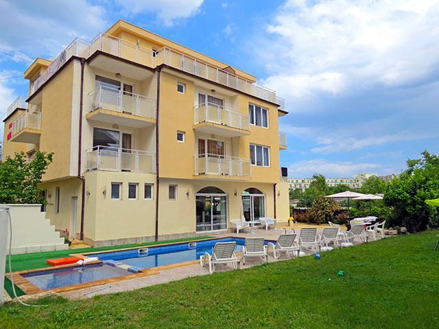 Семеен хотел Сага - снимка 1