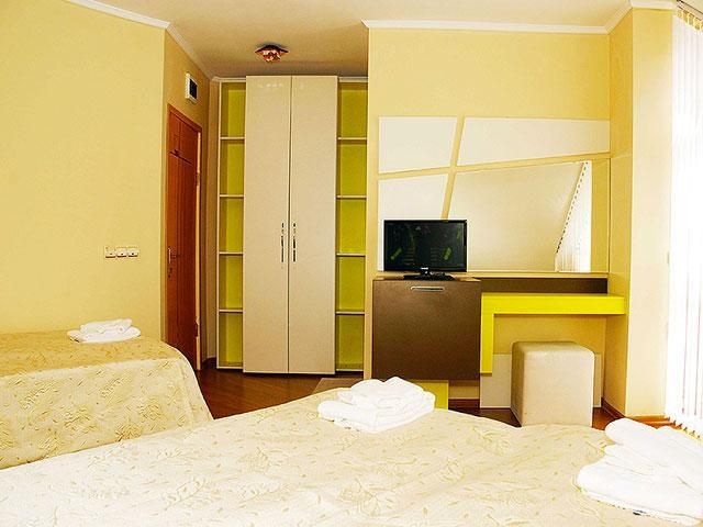 Хотел Виа Лакус - снимка 9
