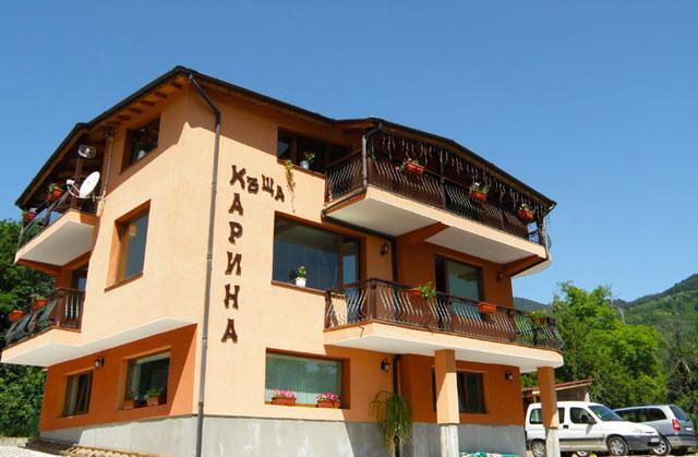Къща за гости Карина - снимка 1