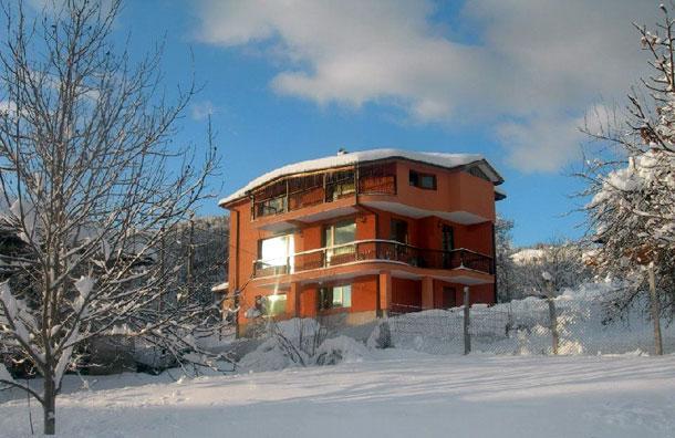 Къща за гости Карина - снимка 2