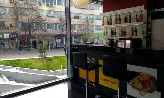 Premium cafe Bar - снимка 2