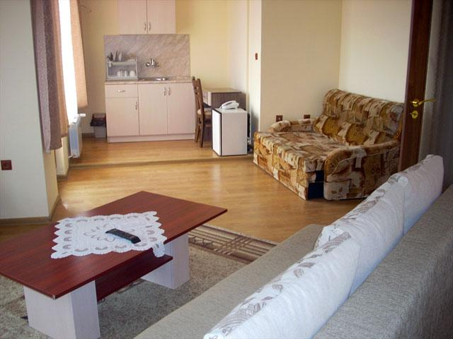 Семеен хотел Гелов - снимка 11