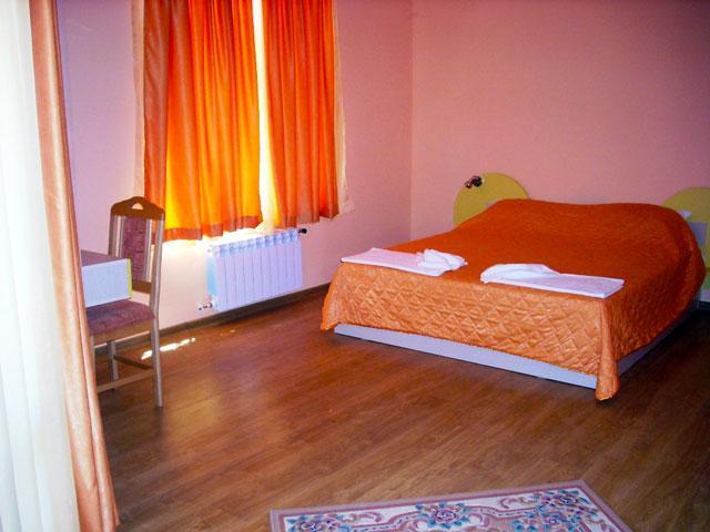 Семеен хотел Гелов - снимка 8