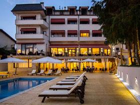 Хотел PAR AVION