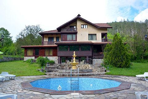 Къща за гости Леин Котич - снимка 1