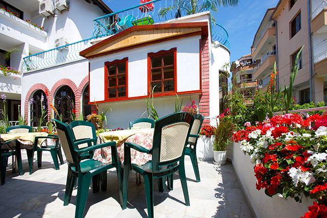 Семеен хотел Флора - снимка 18