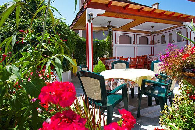 Семеен хотел Флора - снимка 21