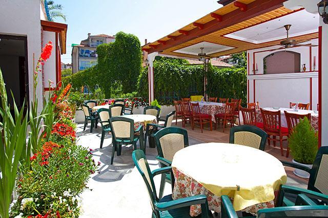 Семеен хотел Флора - снимка 22