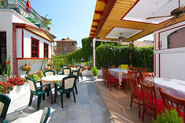 Семеен хотел Флора - снимка 23