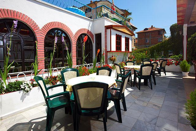 Семеен хотел Флора - снимка 24