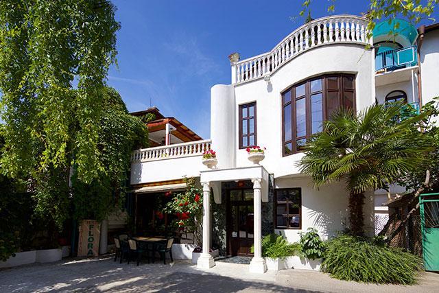 Семеен хотел Флора - снимка 3