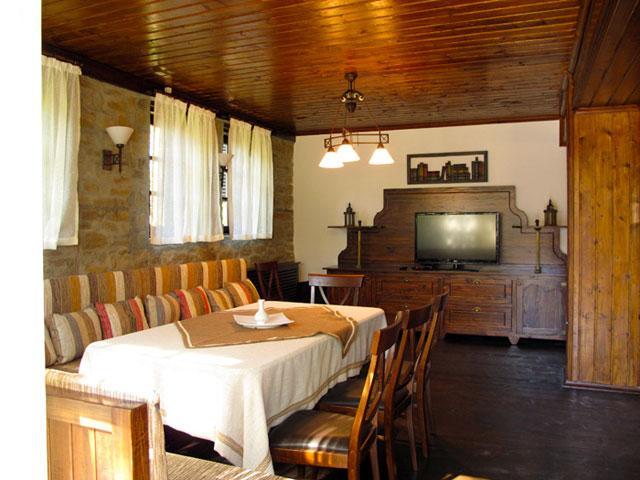 Къщи за гости Тинтява и Невена - снимка 9