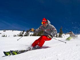 Ски под наем