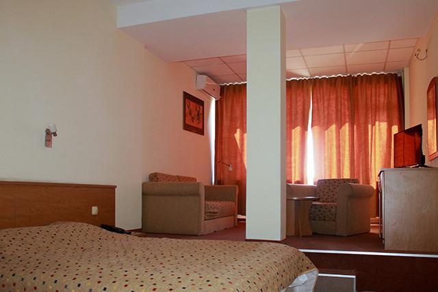 Хотел Свети Врач - снимка 12