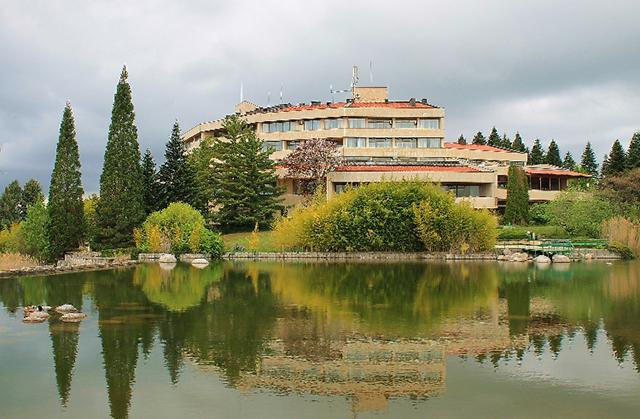 Хотел Свети Врач - снимка 2