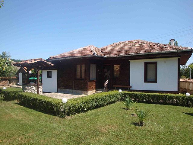 Къща Равеста - снимка 1