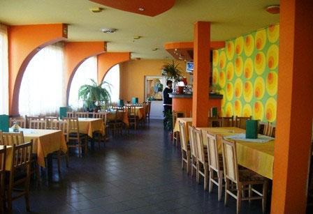 Семеен хотел Райски кът-Карамела - снимка 2