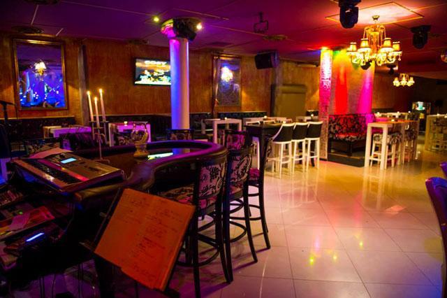Пиано бар COSY - снимка 23