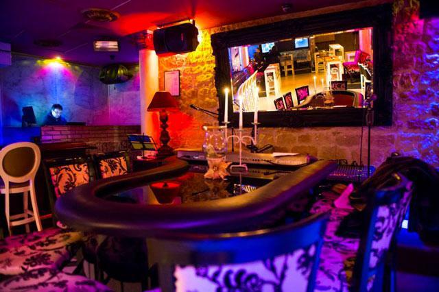Пиано бар COSY - снимка 2