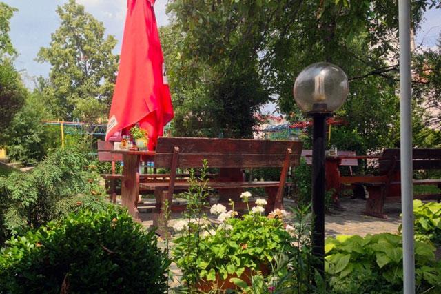 Ресторант-механа Златното агне - снимка 8