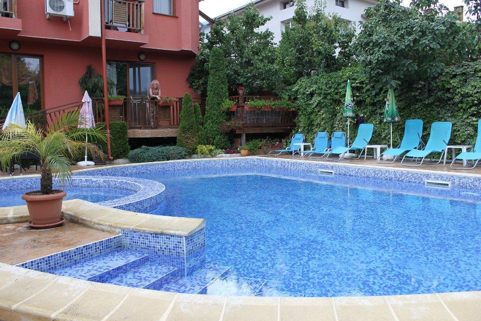 Хотел Гайтани - снимка 1