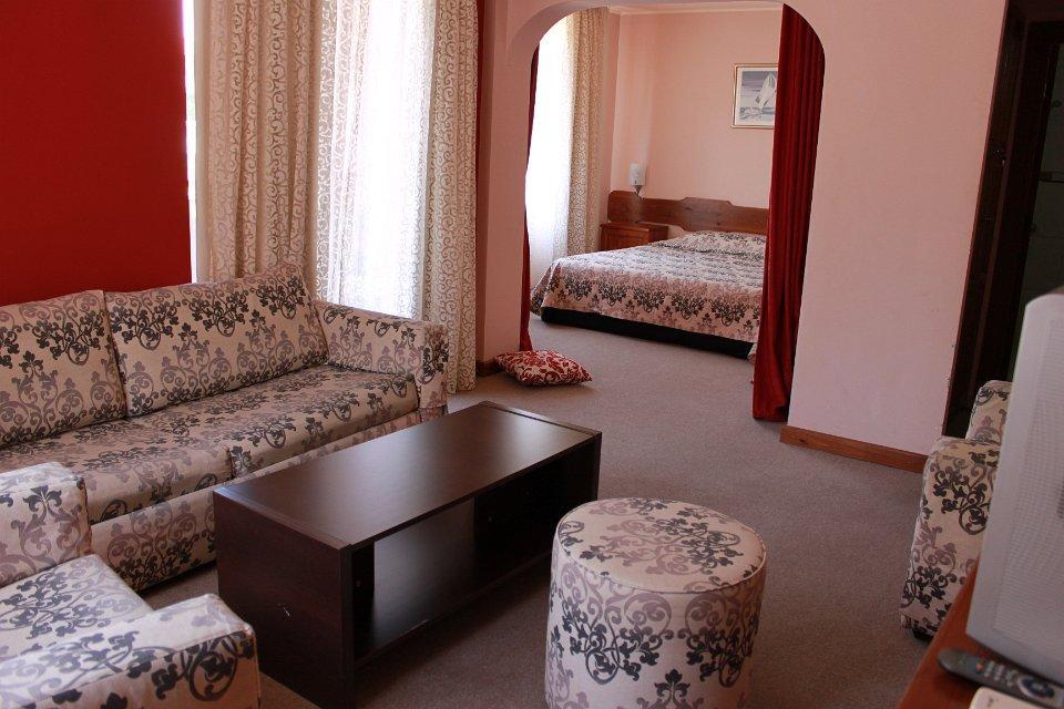 Хотел Гайтани - снимка 2