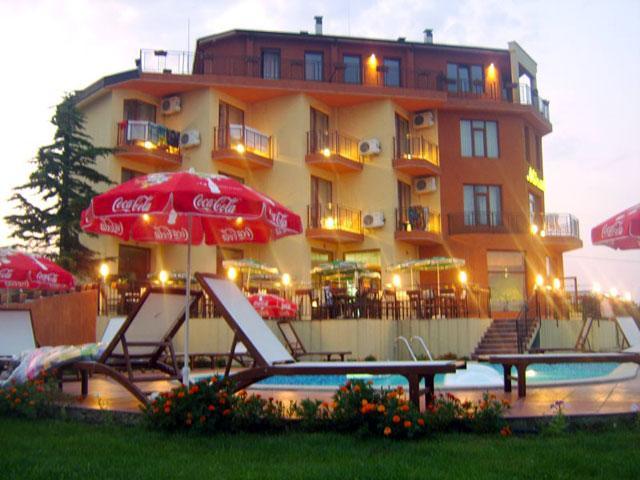 Хотел Регина - снимка 1