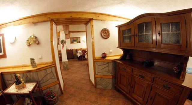 Семеен Хотел Добриковата къща (Филипови) - снимка 12