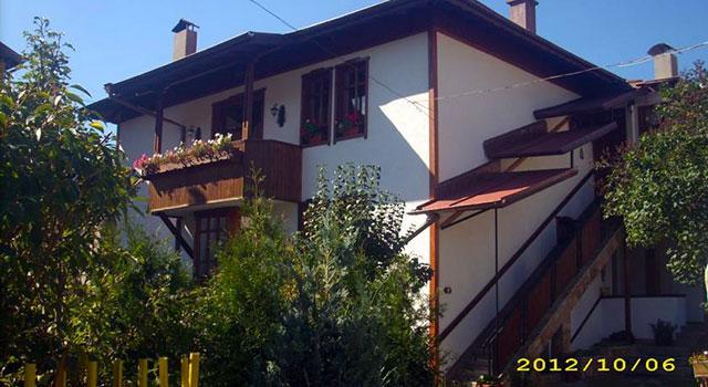 Семеен Хотел Добриковата къща (Филипови) - снимка 1